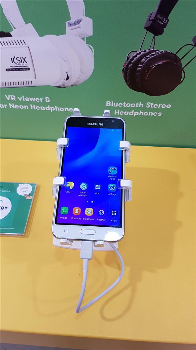 gripzo, gripzo.com, white, smartphone holder, new smartphone, new samsung, smartphone grip